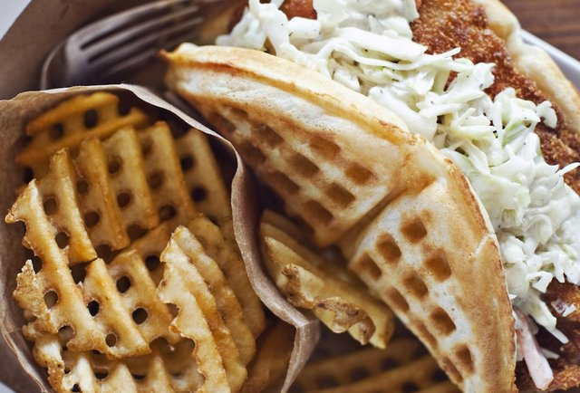 cheese and crackers waffold eat thrillist atlanta 30350