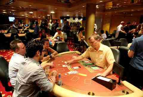 Table games on Resorts World Bimini Superfast Night Cruise