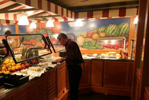 Breakfast buffet on Resorts World Bimini Superfast Night Cruise