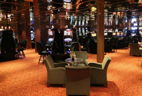 Slot casino on Resorts World Bimini Superfast Night Cruise