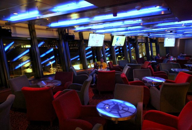 DJs, craps tables, and one insanely fast boat equal the best casino cruise ever