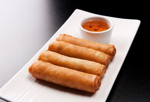 Spring rolls at Sakhuu