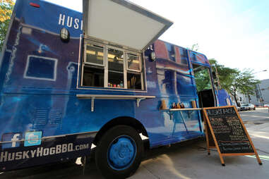 The Husky Hog BBQ food truck