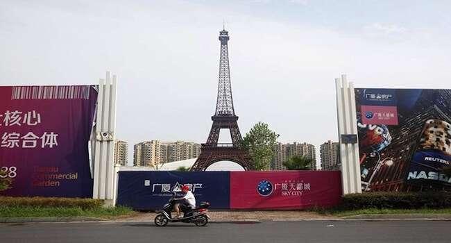 Tianducheng is a miniature version of Paris in China