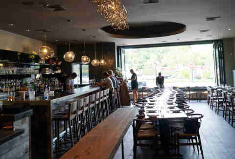 Dining room and bar at Ribelle