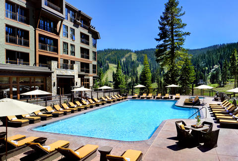 The pool at the Ritz-Carlton Lake Tahoe