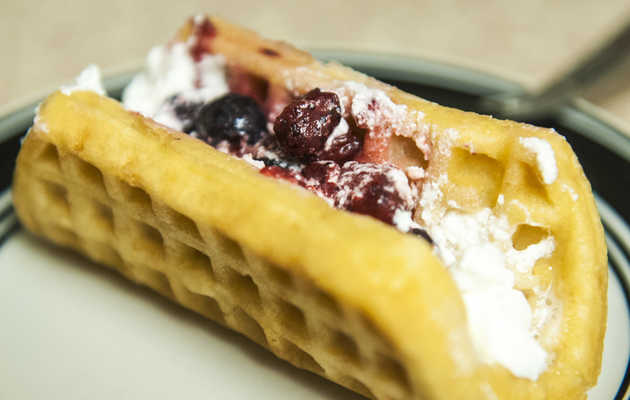 Taste-testing Taco Bell's new Very Berry Taco: It's not very berry good