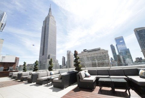 Monarch Rooftop Lounge A New York Ny Bar