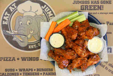 eat at jumbo's wings