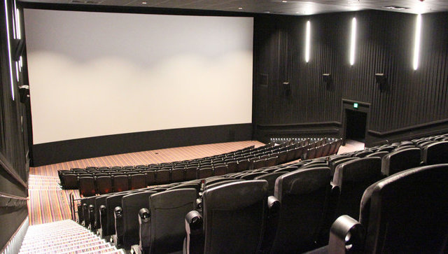 7 DC theaters you can actually booze in