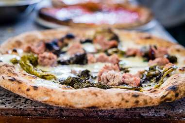 fennel sausage pizza