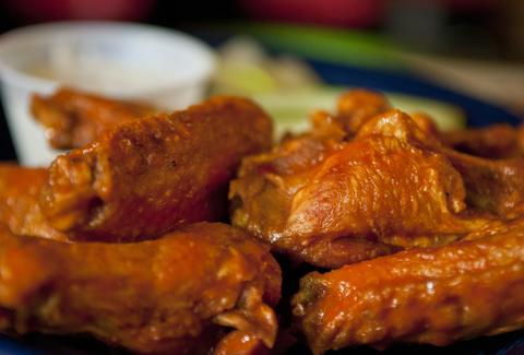Mayslack's wings