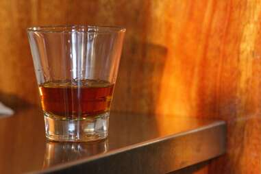 Whiskey Soda Loune - Thai Whiskey