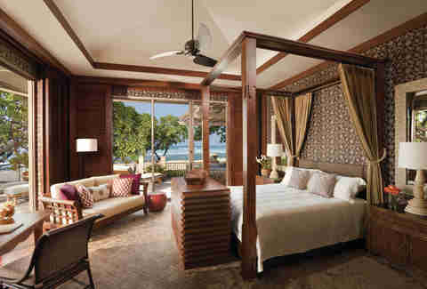 Four Seasons Resort Hualalai bedroom