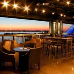 Outdoor Bars Every Rooftop Bar In Boston Thrillist