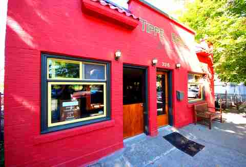 Exterior of Tippe & Drague in Seattle