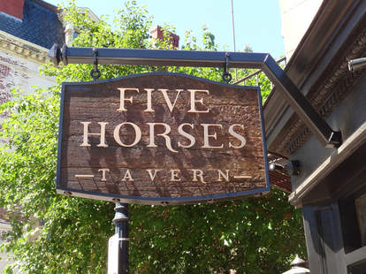five horses boston