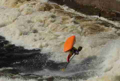 dane paddle whacks a river