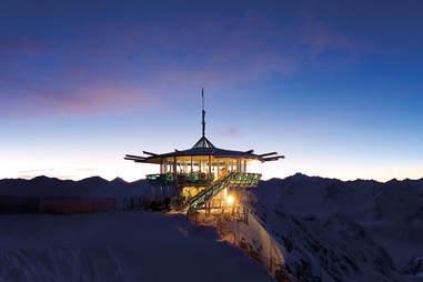 Top Mountain Star