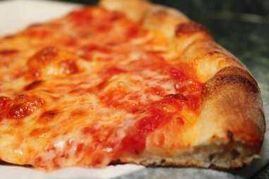 Joe's Pizza plain slice - NYC