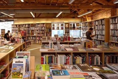 Hennessey + Ingalls Bookstore
