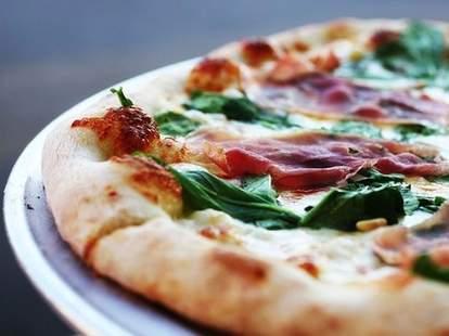 vito's pizza la