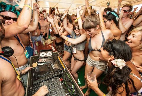 girls partying in croatia