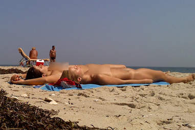 8 reasons jail abroad Topless