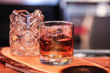 Bar Charley Cedar3