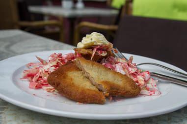 Schnitzel from Restauration 1900
