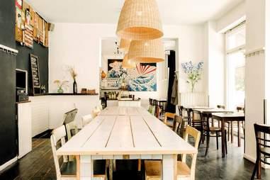 Table inside Pappa E Ciccia