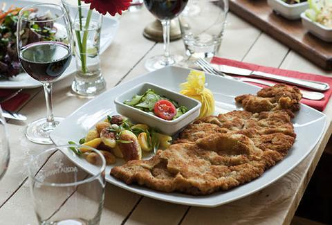 A plate of schnitzel at schnitzelei