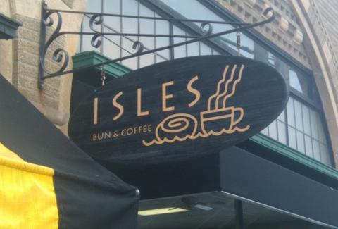 Isles Bun & Coffee sign