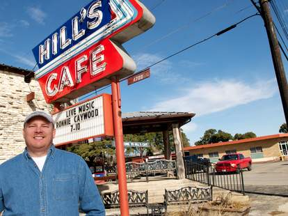 Hill's Cafe sign
