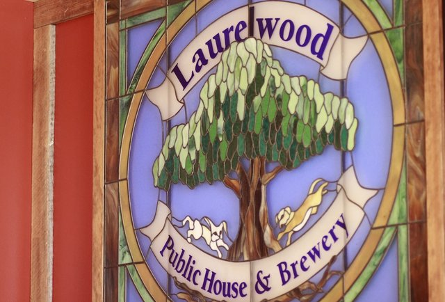 Laurelwood, meet Sellwood