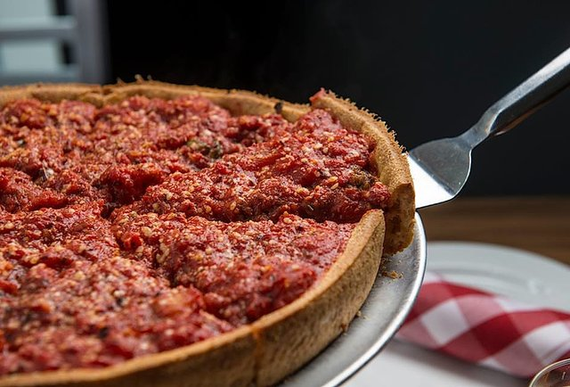 11 legitimately great Chicago-style pizzas outside the Windy City