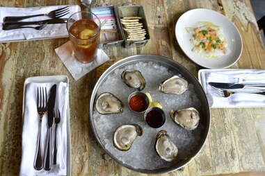 A plate of oysters