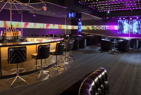 A bar and showroom at Scores Atlantic City
