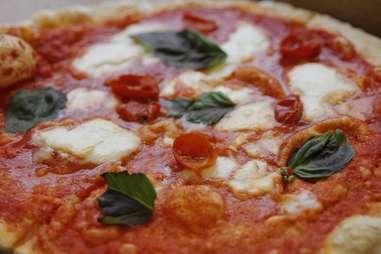 Neapolitan Express pizza