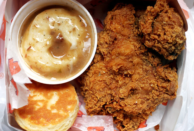 10 iconic New Orleans dishes and where to find them