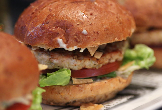 Adorably sized burgers and cicerone-chosen brews on Market