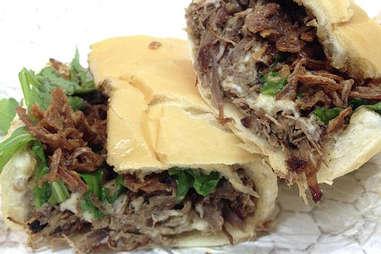 beef shortrib sandwich from slow food truck