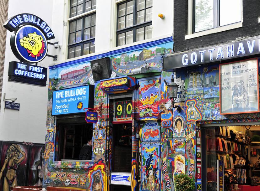 How Amsterdam S Coffee Shops Work Thrillist