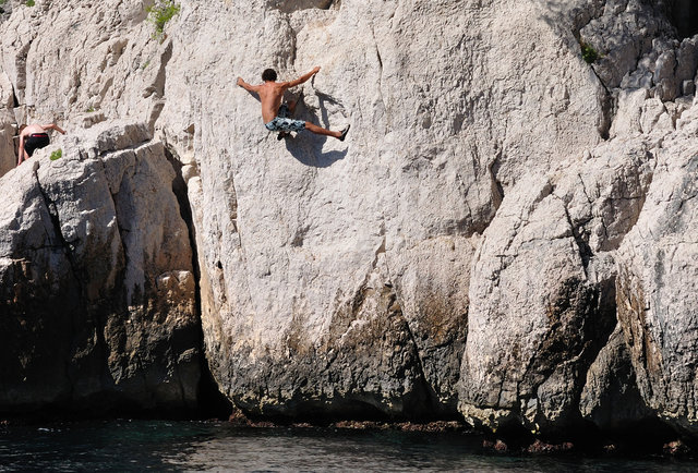 Kloofing: Eight amazing spots to cliff jump
